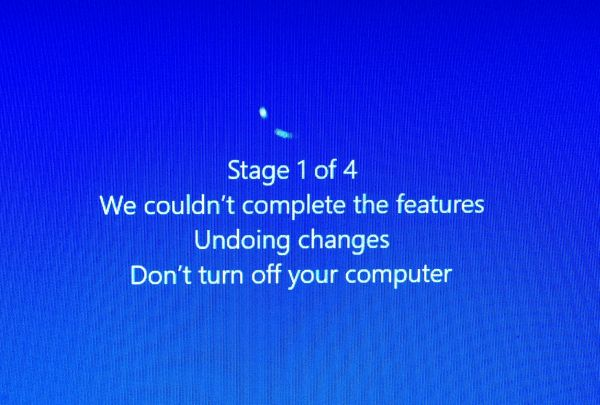 Windows update: undoing changes during system start