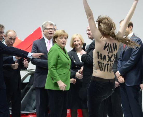 Putin approves of Femen's protest